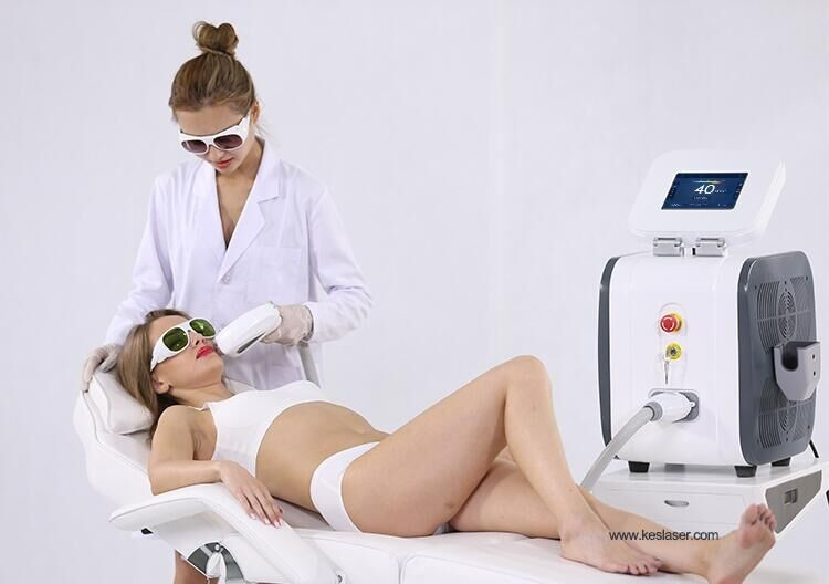 TUV Medical 808 Diode Laser Hair Removal Machine 125J/Cm2 Fast Hair Removal CE Approved
